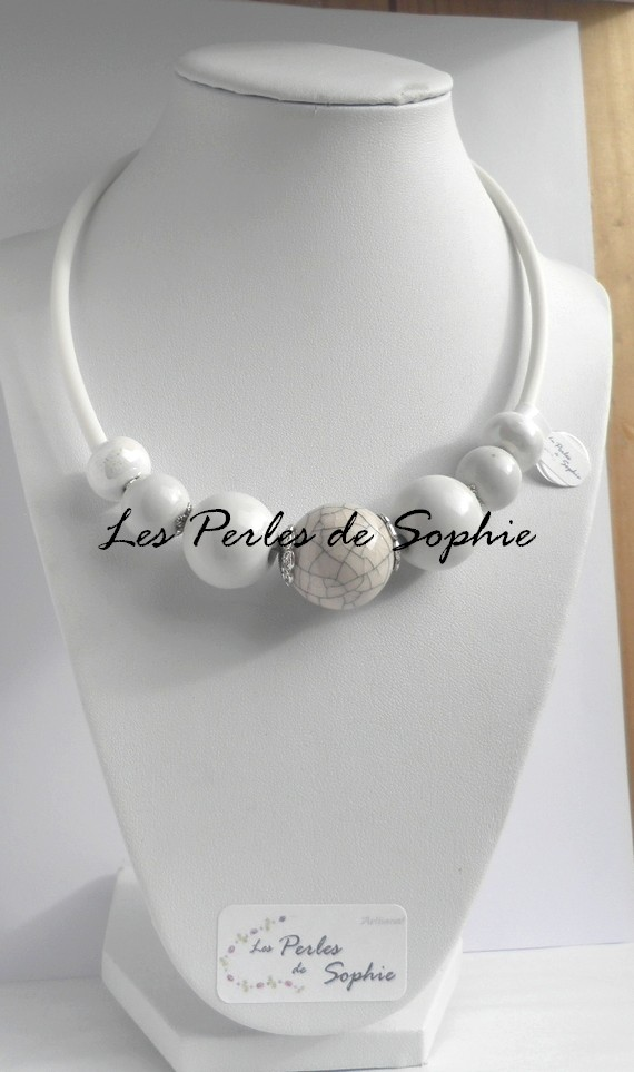 Collier grosses perles blanc