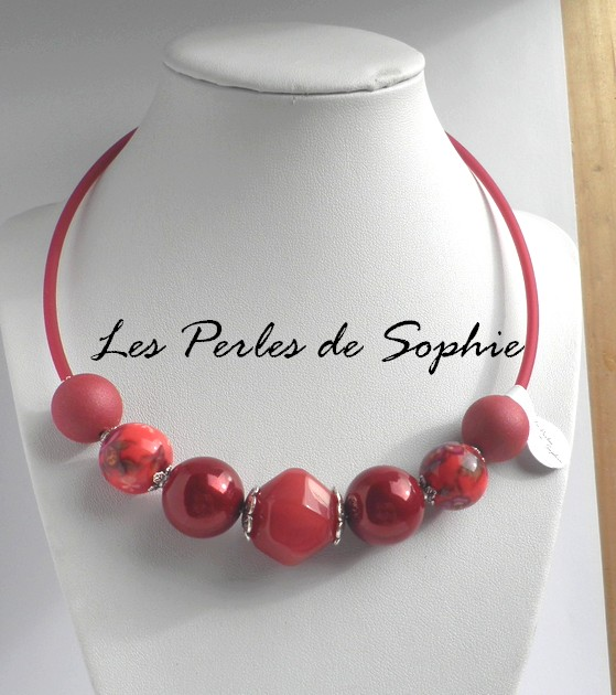 Collier grosses perles rouge