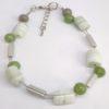 bracelet femme perles vert gris tresse.jpg